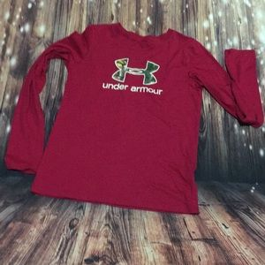 Under Armour long sleeved t- shirt